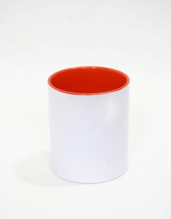 бяла чаша, червена отвътре