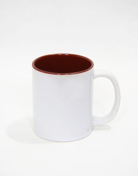 бяла чаша, кафява от вътре